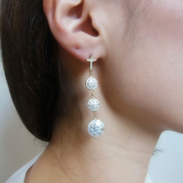 Pierced earring #3 white