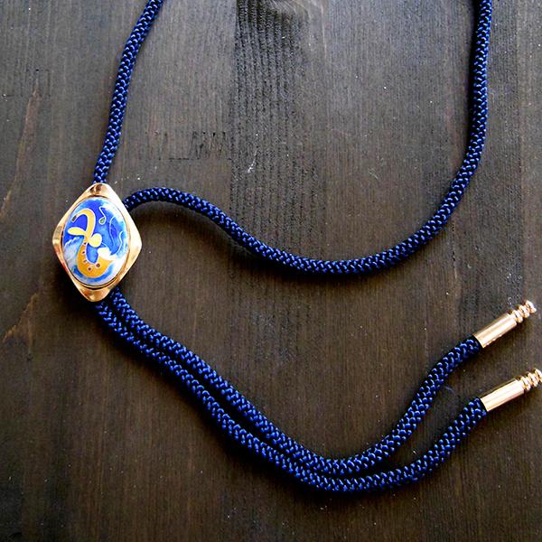 Custom-made Loop tie